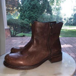 Shoes - Brown leather heeled booties